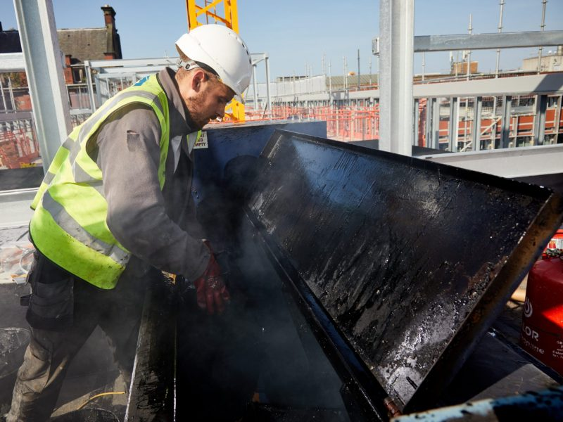 Pix: Shaun Flannery/shaunflanneryphotography.com  COPYRIGHT PICTURE>>SHAUN FLANNERY>01302-570814>>07778315553>>  21st September 2020  Complete Roofing Systems - Liverpool University Digital Innovation Centre  Hot melt bitumen, sanded elastomeric sheet.